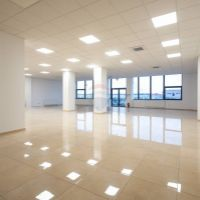 Kancelárie, Nové Zámky, 274 m², Kompletná rekonštrukcia