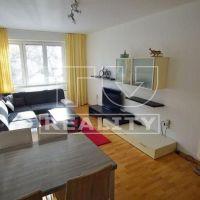 3 izbový byt, Pezinok, 68 m², Čiastočná rekonštrukcia