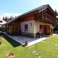 Rodinný dom, Banská Bystrica, 184 m², Kompletná rekonštrukcia
