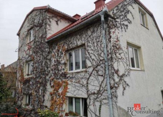 Rodinná vila - Bratislava-Rača - Fotografia 1