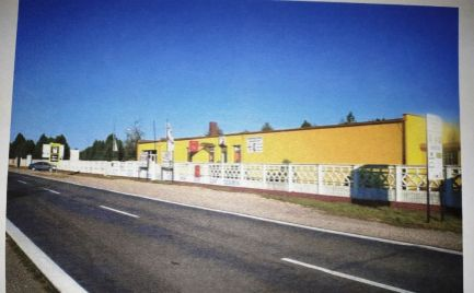 Komerčná budova -predajňa, sklad na predaj