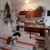 3 izbový byt, Nové Zámky, 97 m², Čiastočná rekonštrukcia