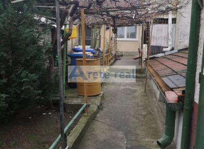 Areté real, Predaj príjemného 3-izbového rodinného domu s rozľahlým 1192 m2 pozemkom v obci Šenkvice