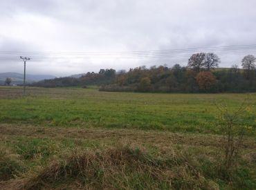 Orná pôda v blízkosti obce SEDMEROVEC, 1430 m2