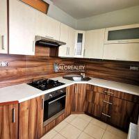 3 izbový byt, Zvolen, 61 m², Čiastočná rekonštrukcia