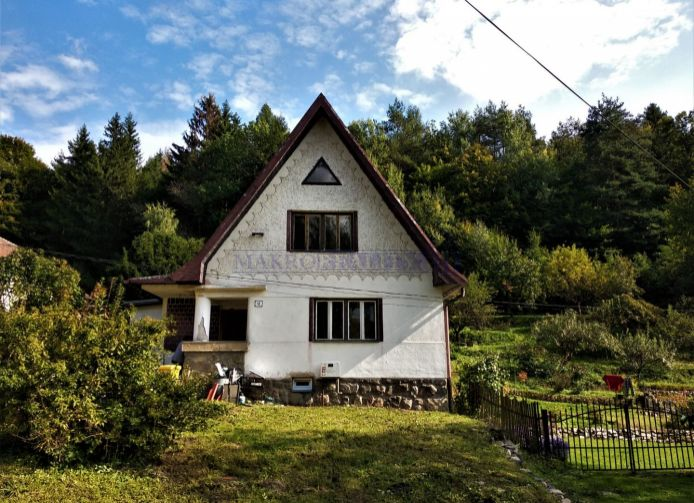 REZERVOVANÉ - Starší rodinný dom Zlatno ID 2084