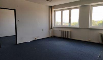 LEN: 280.-€/ mesiac! Ponúkame na prenájom viacúčelovú miestnosť 42m2 + parkovacie miesta, Bulharská ul., BA II., Trnávka.
