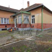 Rodinný dom, Levice, 744 m², Pôvodný stav