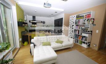 REZERVOVANÉ!!! Predaj, exkluzívny 3- izb. byt (86,83 m2 + 2,20 m2 balkón a 5,50 m2 loggia) s garážovým státím v novostavbe rezidenčnej štvrte Vinohradis, ul. Tupého, Bratislava III – Vinohrady