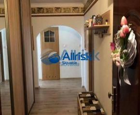 3-izbový slnečný byt na Narcisovej ulici REZERVOVANÝ