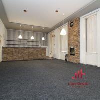 Obchodné, Hurbanovo, 161 m², Čiastočná rekonštrukcia