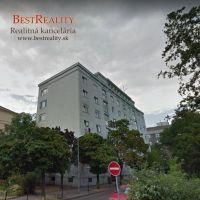 1 izbový byt, Bratislava-Staré Mesto, 22 m², Kompletná rekonštrukcia