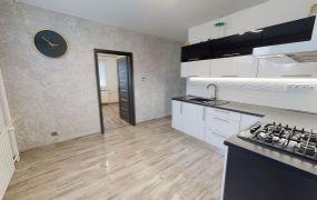 Na predaj 3-izbový byt v Dubnici nad Váhom, ul. Pod hájom