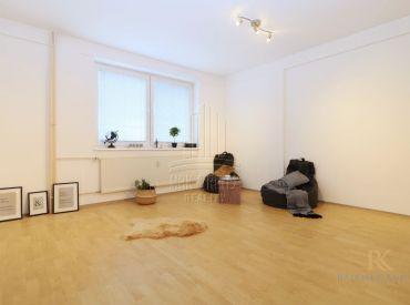 Priestranný 1,5 izbový byt v Rači