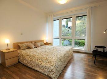 PROMINENT REAL prenajme pekný priestranný 3 izb. byt na Malinovej ulici.