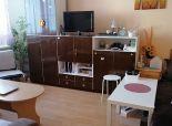 --PBS-- ++Väčší 1.-izbový byt o výmere 42 m2 v pôvodnom stave na uliic A. Kubinu++