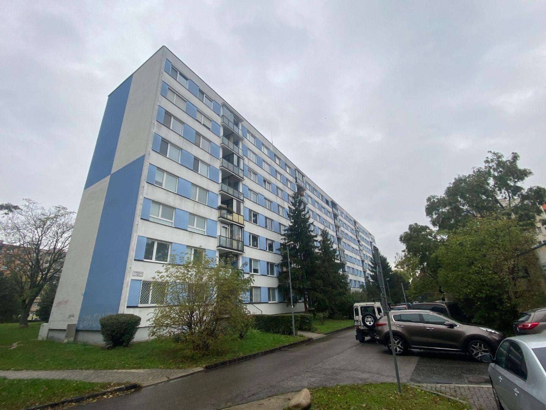 3-izbový byt-Predaj-Bratislava - mestská časť Ružinov-194900.00 €