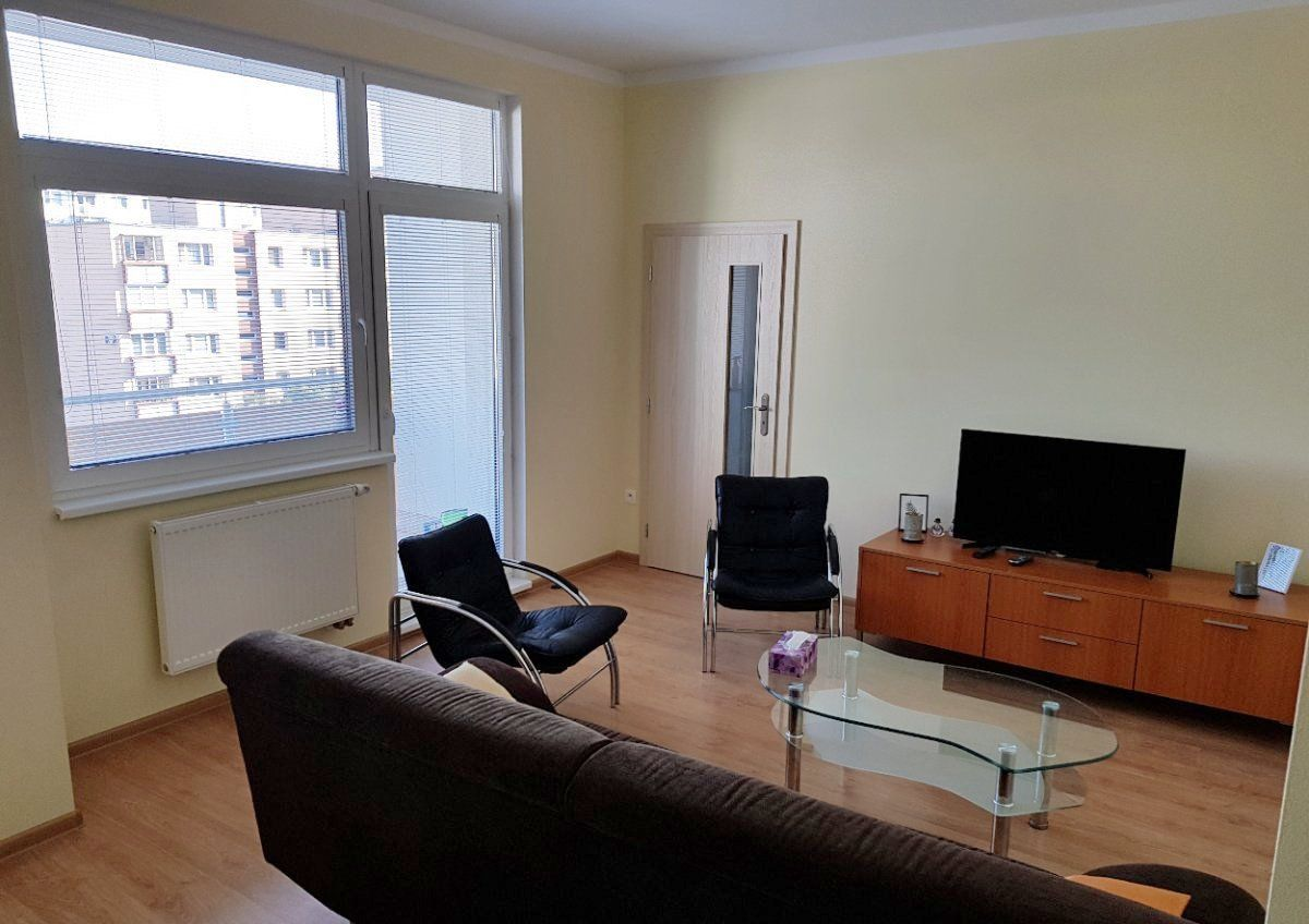 2-izbový byt-Prenájom-Bratislava - mestská časť Ružinov-680.00 €