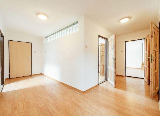 5 a viac izbový byt - Trenčín - Fotografia 1