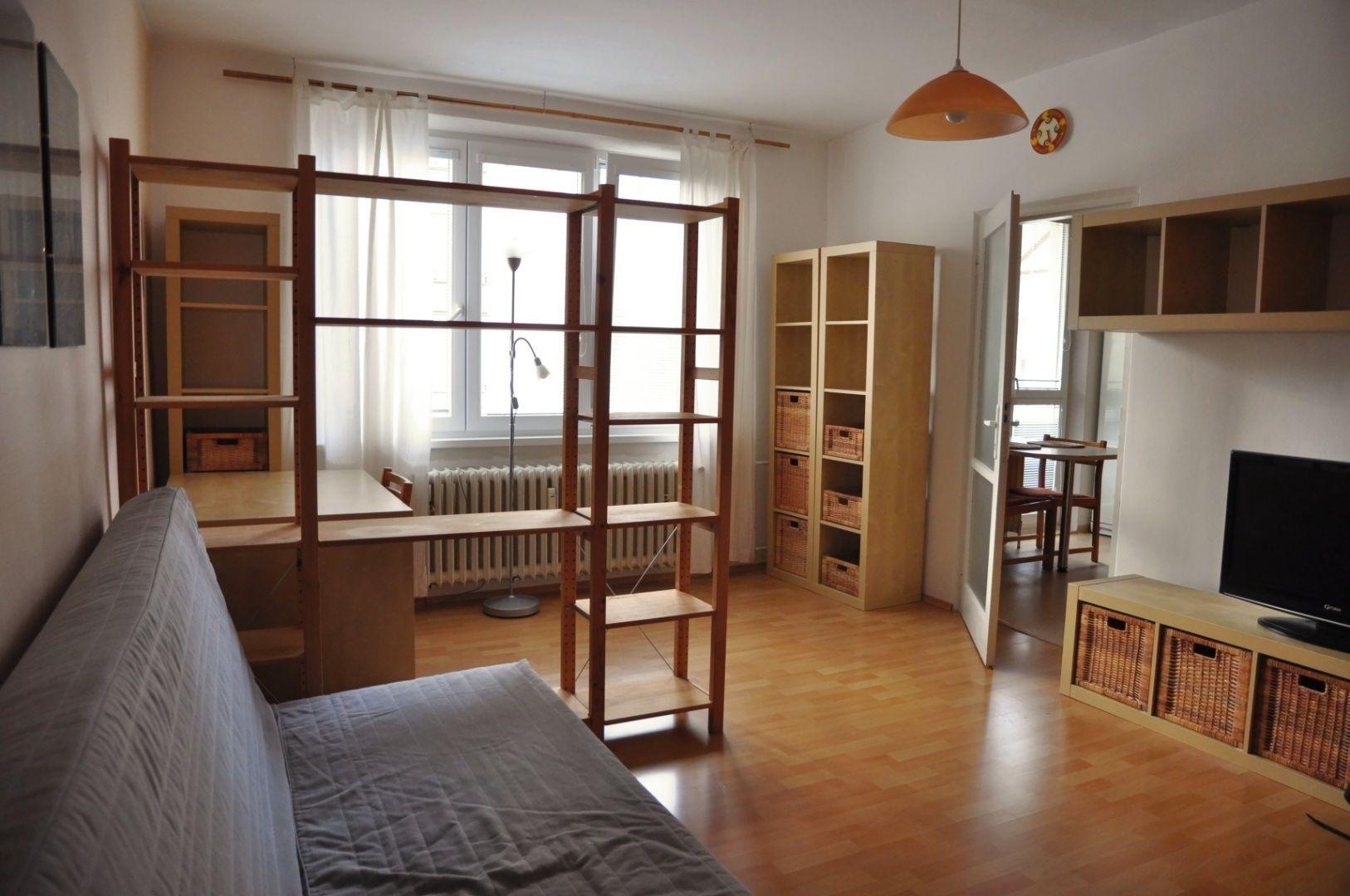 2-izbový byt-Prenájom-Bratislava - mestská časť Nové Mesto-600.00 €