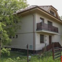 Rodinný dom, Pezinok, 520 m², Novostavba