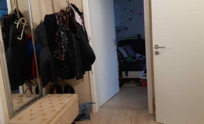3 izbový byt v Dúbravke s loggiou