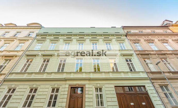 4-izbový tehlový byt na Podjavorinskej ul., 133 m², balkón, novostavba, garáž v suteréne  - 3D prehliadka