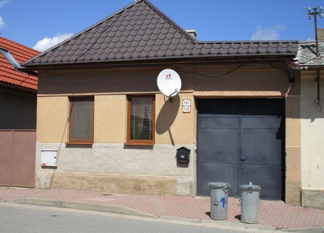 Rodinný dom - Medzev - Fotografia 1