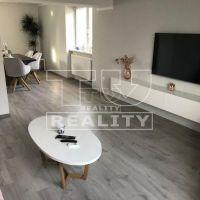 2 izbový byt, Banská Bystrica, 60 m², Kompletná rekonštrukcia