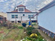 ## SPIEGELSAL ## Na predaj 3.-izb. rodinný dom s garázou, 2x pivnica, 945m2 pozemok