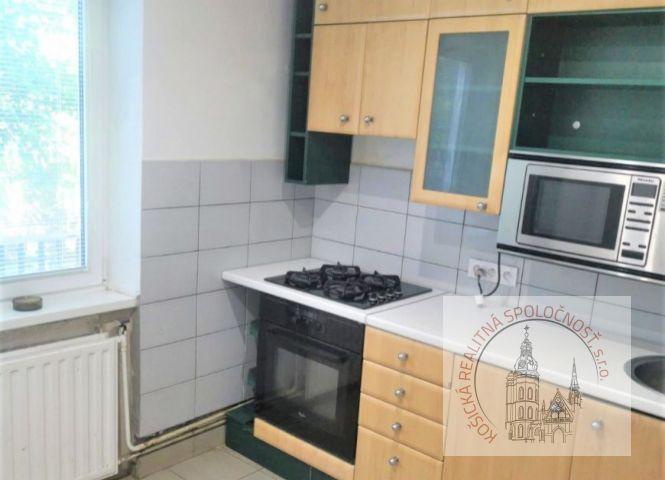 Rodinný dom - Košice-Dargovských hrdinov - Fotografia 1