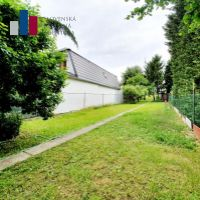 Bratislava-Dúbravka, 1199 m²