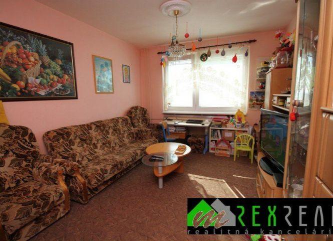2 izbový byt - Veľký Krtíš - Fotografia 1