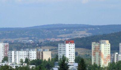 Prenájom - samostatne stojaci objekt 280m2 - sklad, atelier, služby - BA IV Dúbravka