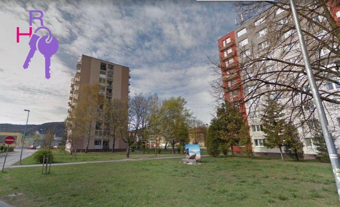 Komplet zrekonštruovaný 3 izbový byt, 2x balkón, Top lokalita!