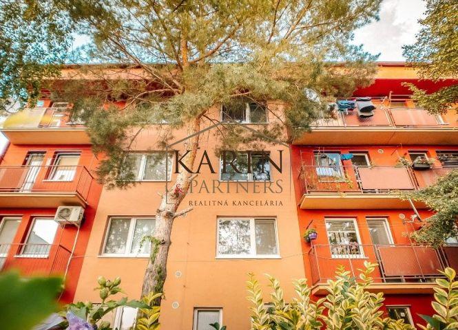 1 izbový byt - Stupava - Fotografia 1