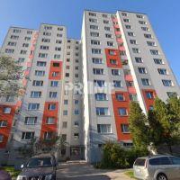 3 izbový byt, Bratislava-Petržalka, 64 m², Pôvodný stav