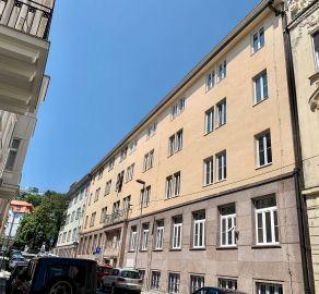 StarBrokers – PREDAJ: nebytové priestory od 47,10m2 na 1/5p. historická budova Palisády - Bratislava Staré Mesto, Gunduličova ulica