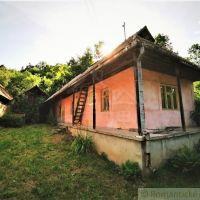 Chata, Červeňany, 80 m², Čiastočná rekonštrukcia