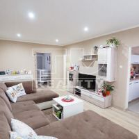3 izbový byt, Nové Zámky, 73 m², Kompletná rekonštrukcia
