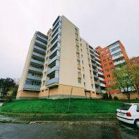 2 izbový byt, Hlohovec, 1 m², Čiastočná rekonštrukcia