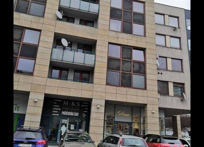 obchodné - Bratislava-Nové Mesto - Fotografia 1
