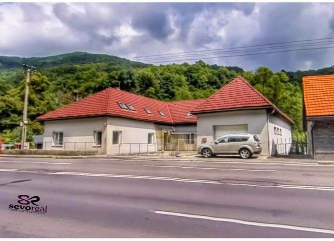 polyfunkčný objekt - Banská Bystrica - Fotografia 1