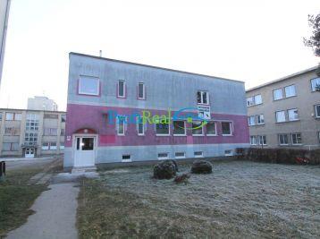 Na predaj nadštandardne veľký 2-izbový byt v meste Svit