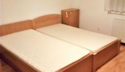 Prenájom – 2 izbový byt v rodinnom dome – BA IV Dúbravka. TOP PONUKA!