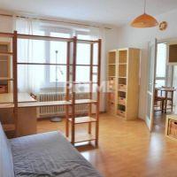 2 izbový byt, Bratislava-Nové Mesto, 54 m², Čiastočná rekonštrukcia