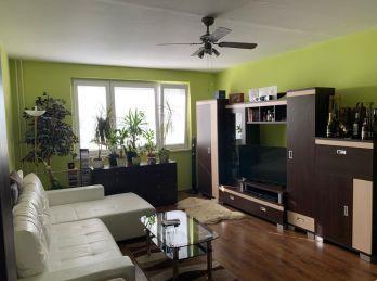 Exkluzívne predáme väčší 3-izbový byt v centre mesta Sereď
