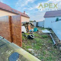 Pre rodinné domy, Hlohovec, 206 m²