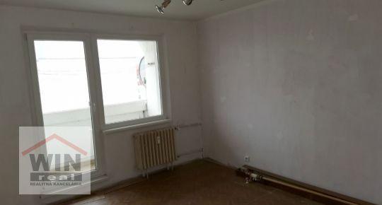 3 izbový byt s loggiou, Pražská , Zvolen Západ
