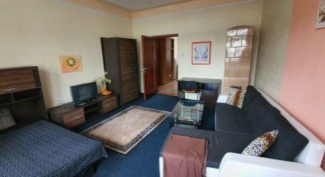 Prenájom zariadeného 1 izbového bytu